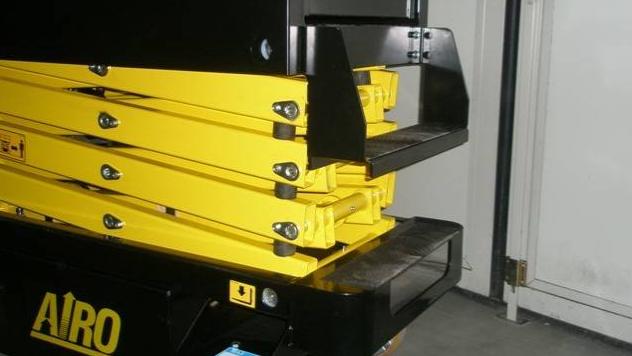 location de mini nacelle ciseaux électrique 5m AIRO XLP5E - 5