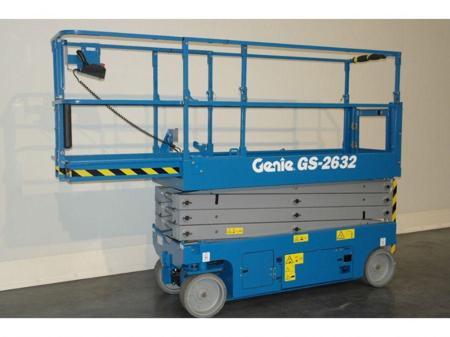 location nacelle ciseaux électrique 10m GENIE GS2632 - 3