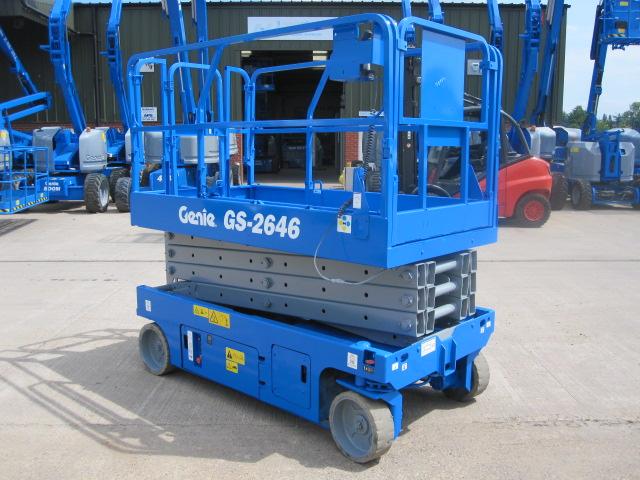 Location nacelle ciseaux électrique 10m GENIE GS2646 - 1