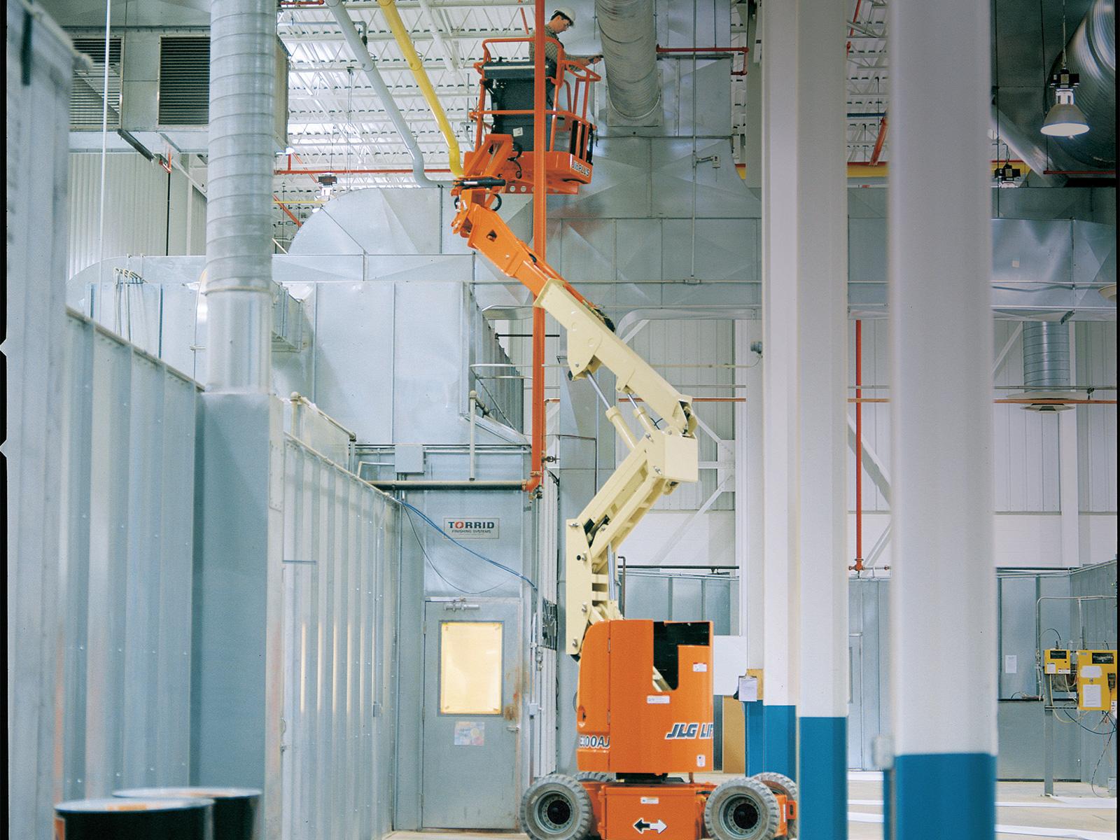 Location nacelle articulée électrique 12m JLG E300AJP - 2