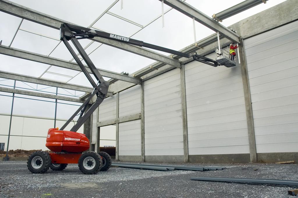 Location nacelle articulée diesel 20m MANITOU 200 AJ - 1