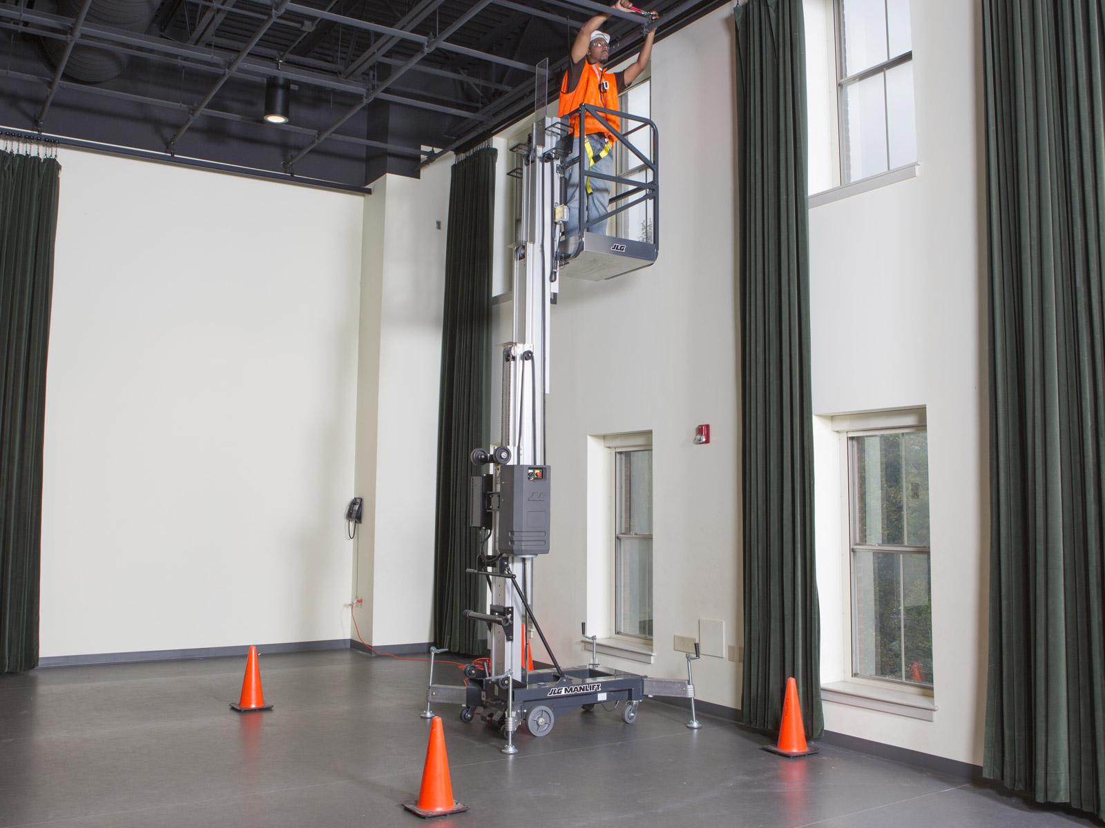 location nacelle verticale électrique 8m JLG 20AM - 2
