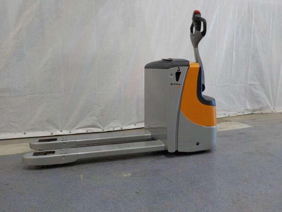 location tire palette électrique 3 tonnes STILL ECU 30 - 1