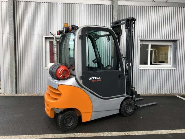 location chariot élévateur thermique 2 tonnes STILL RX70-20 4m - 1