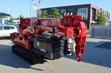 location mini grue araignée 6 tonnes UNIC URW 706 - 2